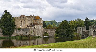 Leeds Castle England