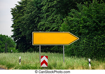 leeg, richting, wegaanduidingen, tegen, park., metaal, pijl, op, de, wegwijzer