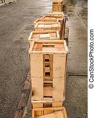 holz kisten h lzern aus drei kisten hintergrund stockfotografie bilder und foto. Black Bedroom Furniture Sets. Home Design Ideas