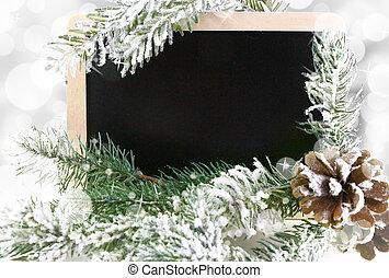 leerer , tafel, mit, verschneiter , weihnachtsbaum, und, bokeh, hintergrund
