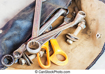 leerzak, set, oud, gereedschap