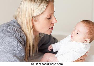 lefelé, neki, lefektetés, újszülött, anya, szegély kilátás