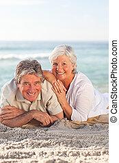 lefelé, párosít, tengerpart, fekvő, öregedő