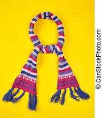 legato, variopinto, lavorato maglia, fili, nodo, lana, sciarpa
