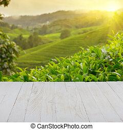 lege, wooden table, met, theeplantage, op achtergrond, leeg,...