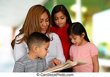leggendo bambini