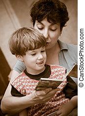 leggere, insieme, libro, ragazzo, madre