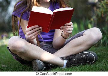 leggere, libro, sedere, giardino, bambino