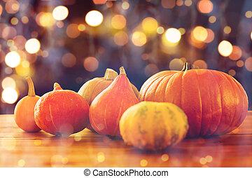 legno, halloween, su, zucche, chiudere, tavola