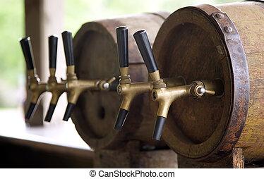 legno, vecchio, barili, con, tubo, per, birra