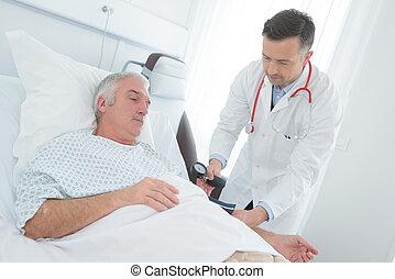lehallgatás, türelmes, orvos