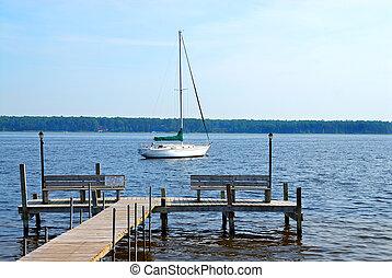 lehorgonyzott, vitorlás hajó, fehér, tó