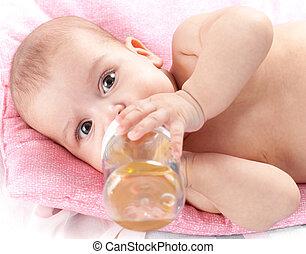 lei, mesi, letto, plastica, 3, bottiglia, bambino, bere, adorabile, ragazza