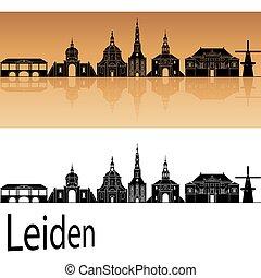 Leiden skyline in orange