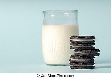 leite biscoitos