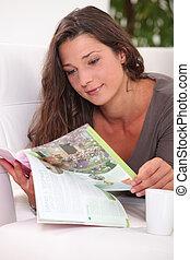 leitura mulher, sofá