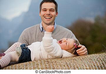 lekfull, fader, dotter, lycklig