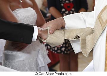 lelkész, ad, a, áldás, fordíts, menyasszony
