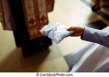 lelkész, blesses, noha, szenteltvíz, esküvő gyűrű