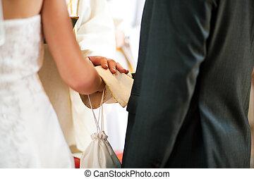 lelkész, párosít, áldás, felfogó, esküvő