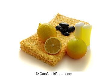 Lemon flavored SPA with pebbles