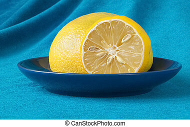 lemon in a saucer