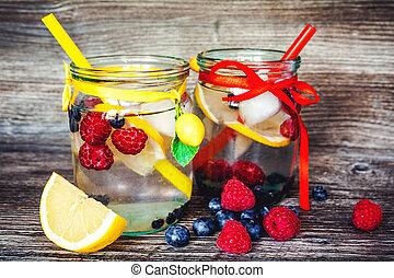 Lemonade with summer berries