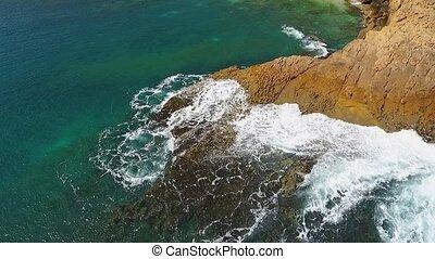 lent, atlantique, aérien, vidéo, facilement, rouleau, mouvement, rivages, mer, rocheux, vagues, pacifique, nostalgique, ocean.
