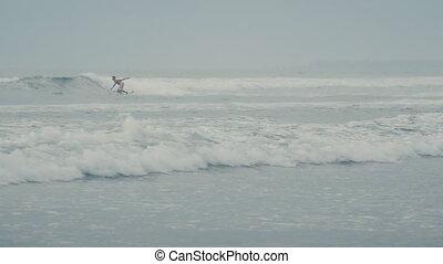 lent, bali, plage, océan, mouvement, vagues, surfeur, promenades