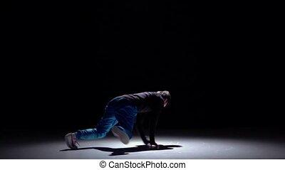 lent, breakdance, continuer, danse, moderne, mouvement, sauter, noir, homme, ombre