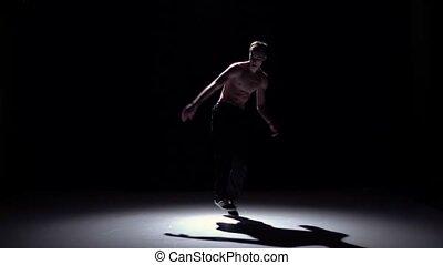 lent, breakdance, danse, mouvement, danseur, noir, blond, torse, type, ombre