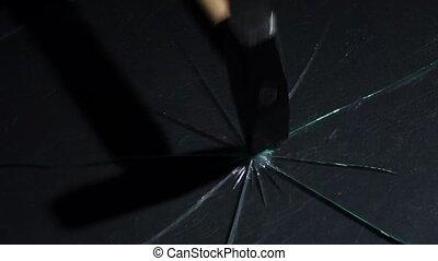 lent, coup, verre, lumière, particles., mouvement, cassé, marteau