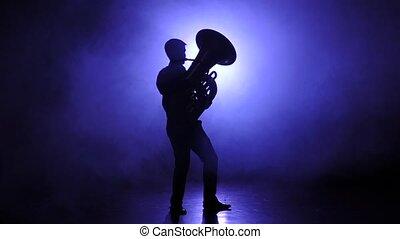lent, jeux, trumpeter, enfumé, mouvement, studio, tuba, homme