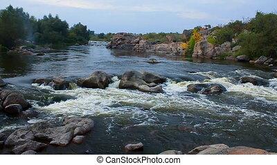 lent, ruisseau, (full, mouvement, rivière, hd)