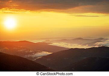 lente, landscape, in, bergen, met, de, zon