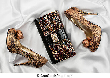 leopard, weißes, lackieren, schuhe, tasche