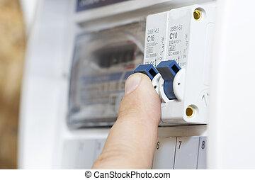 les, main, points, à, a, fusible, dans, les, puissance, meter., les, homme, disables, les, courant, fusibles, les, sécurité, concept, de, les, puissance, suppression, et, les, protection, de, dispositifs électriques