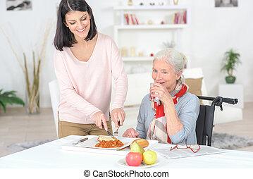 les, professionnel, infirmière, alimentation, une, plus vieux, dame