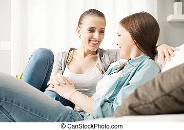 lesbienne couple, flirter, chez soi