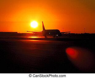 letiště, východ slunce