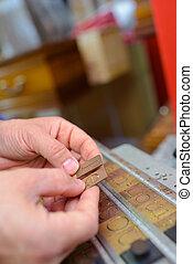 letter engraver