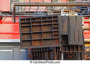 Letterpress shelf