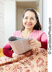 lettura, donna, giornale