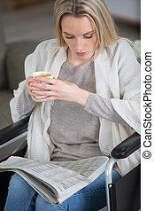 lettura, invalido, bere, donna, giornale, caffè