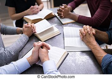 lettura, santo, libri, persone, vista elevata