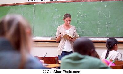 leur, élèves, écoute, prof, sérieux