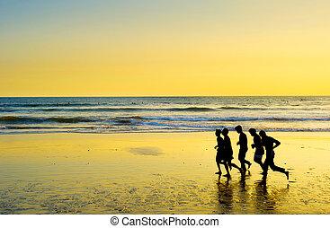 leute, rennender , strand