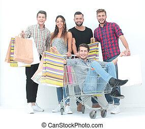 leute, shoppen, junger, karren, gruppe