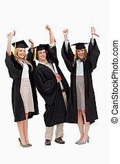 levantar, estudiantes, graduado, su, bata, tres, brazos