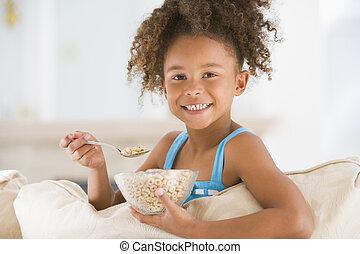 levend, eten, kamer, jonge, graan, het glimlachen van het meisje